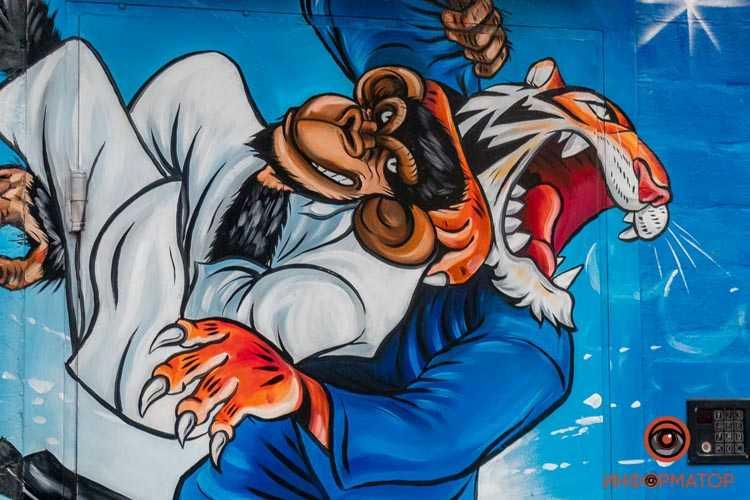 Mural-na-Slobozhanskom-02