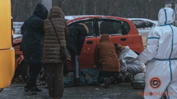 V-Dnepre-na-Pobede-stolknulis-Chevrolet-i-marshrutka-107-5-1
