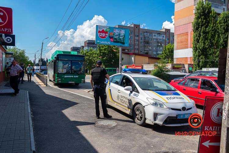 V-Dnepre-avtobus-35-sbil-zhenshhinu-02