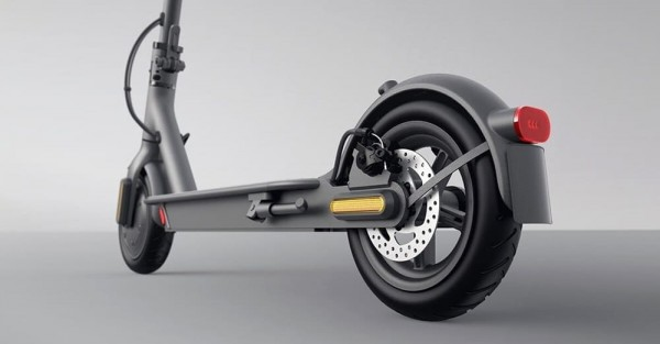 elektrosamokat-xiaomi-mi-electric-scooter-essential-lite-2