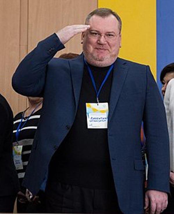 250px-Валентин_Резніченко